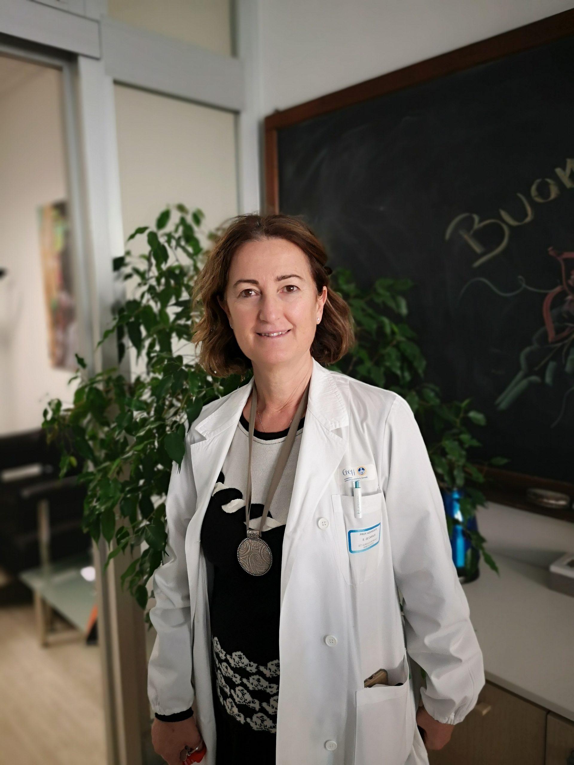 Prof.ssa SARA DE CAROLIS